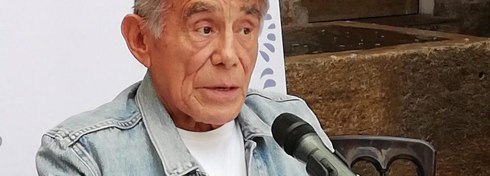 LA SEÑORA PRESIDENTA LLEGA A PUEBLA CON HÉCTOR SUÁREZ